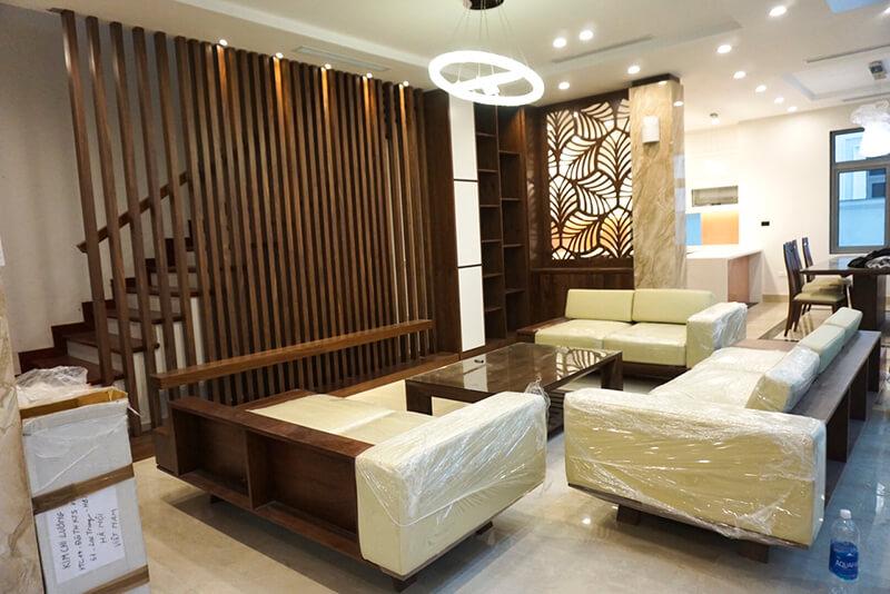 phòng khách bằng gỗ óc chó